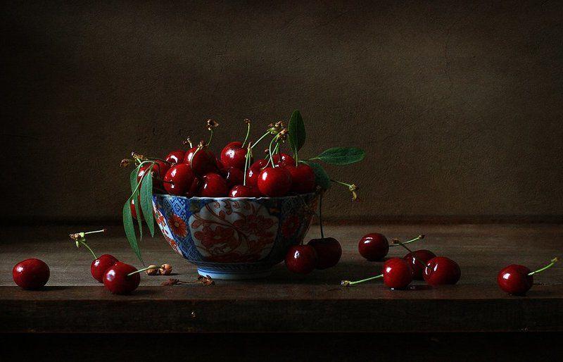 натюрморт Про любимые черешенки..photo preview