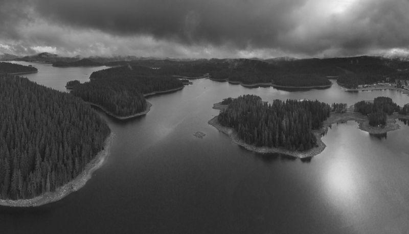 озеро, горы, Родопы, Болгария, воздушная фотография,BnW, lake, dam, mountain, landscape Горное озеро в Родопах.photo preview