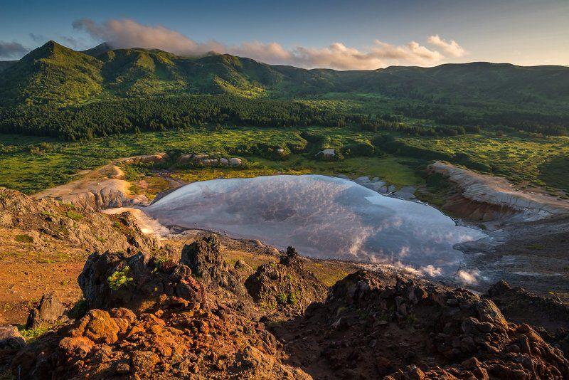 курилы, вулкан, фумаролы, кальдера Кипящее озеро кальдерыphoto preview