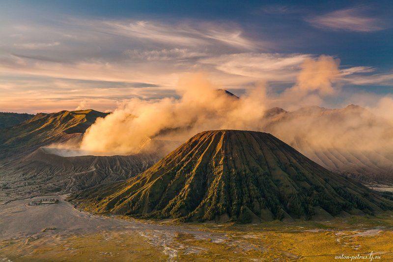 бромо, индонезия, закат, вулкан, тропики Духи вулкана Бромоphoto preview