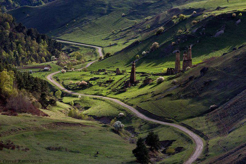 ингушетия, башни, весна Башенный комплекс Ний в Ингушетии.photo preview