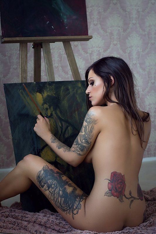 model, nude, naked, glamour, woman, female, colour, body, sexy, sensual, natural light, curves, portrait, erotica, fine art, tattoo, painting, bedroom, Paintingphoto preview