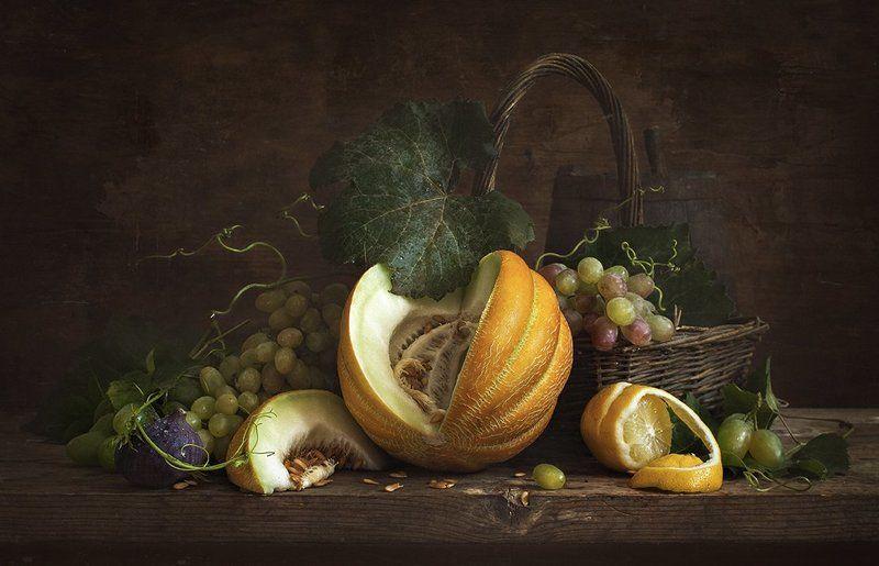 натюрморт, дыня, виноград, инжир, still life, melon Натюрморт с дыней и лимономphoto preview