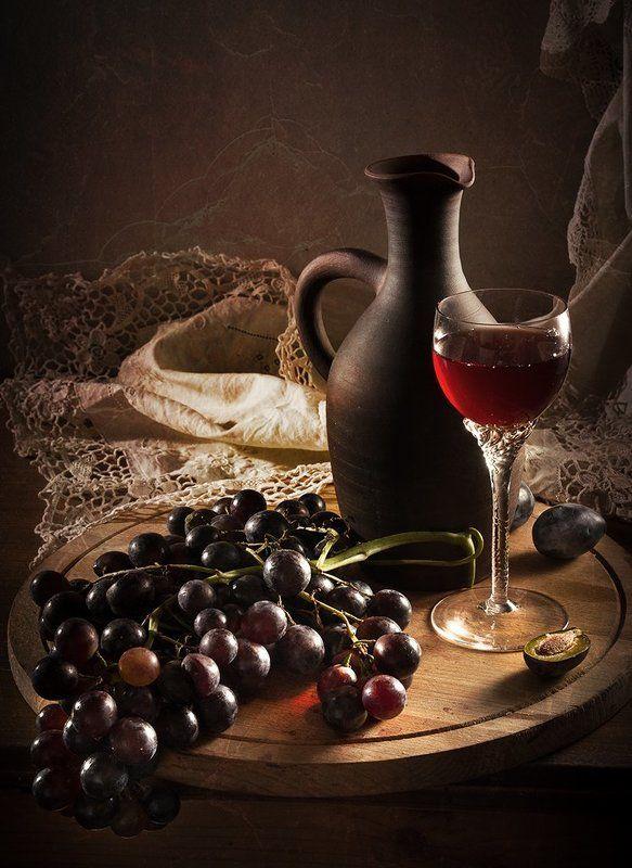 Красный виноградphoto preview
