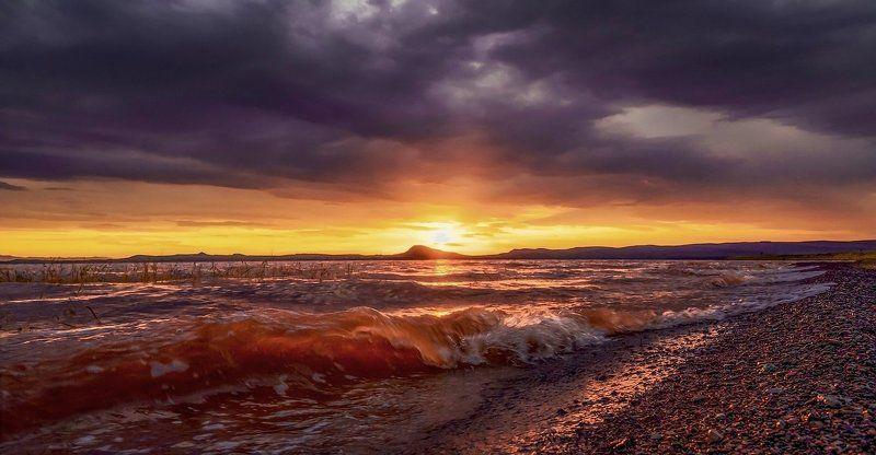 Янтарные волны о. Белёphoto preview