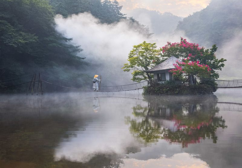 reflection, misty, oriental, magic, fairytale, wizard, korea The Wandererphoto preview