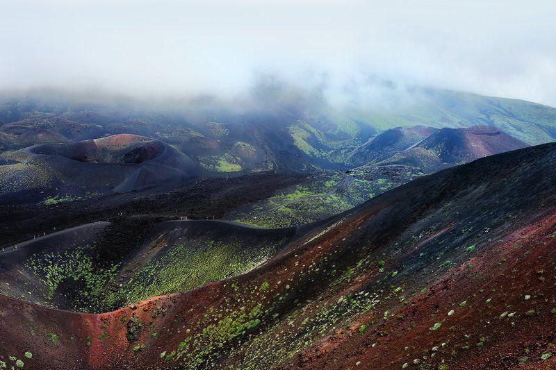 Under Etna vulcanophoto preview