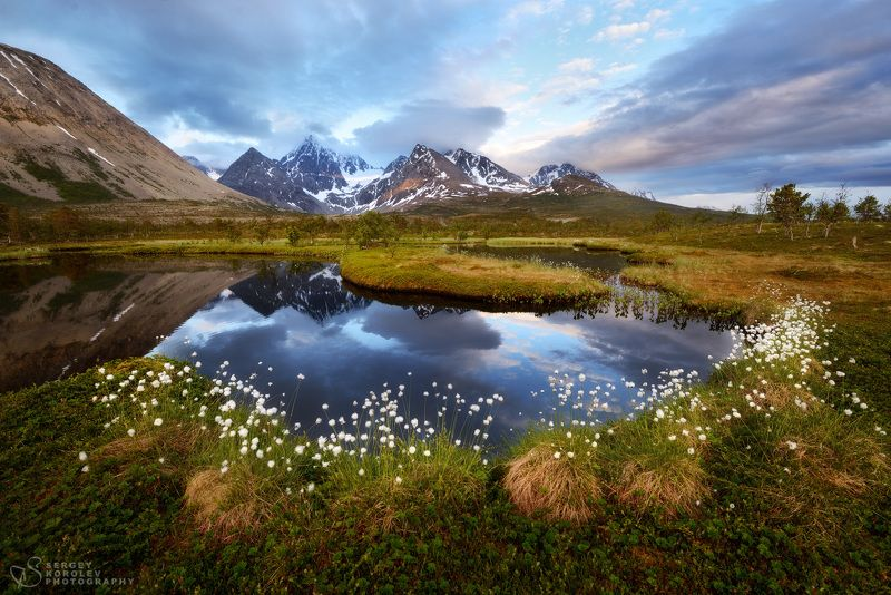 Полночь в горах северной Норвегииphoto preview