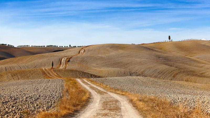 Italy, Tuscany, Tuscany roadsphoto preview