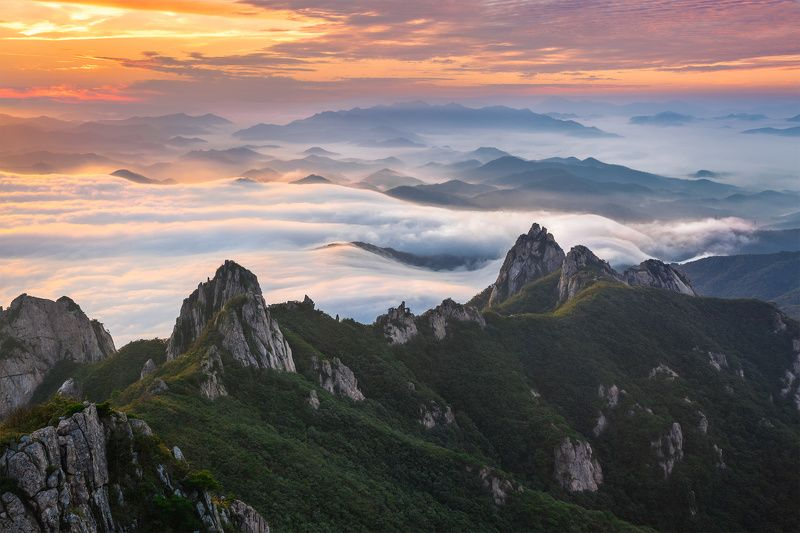 wolchulsan national park,  rugged, tsunami, mountainscape, rolling fog, exploring,  outdoors, rock, clouds, layers, fog, invasion Beyond The Cloudsphoto preview