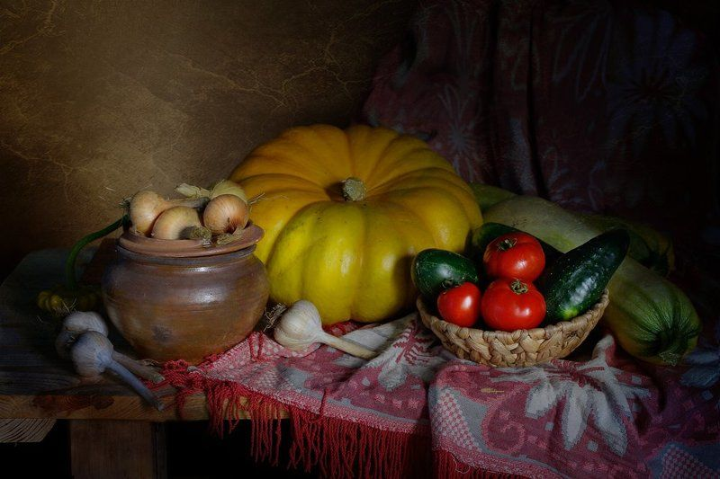 натюрморт,тыква,томаты,огурцы,вера павлухина, Осенний натюрмортphoto preview