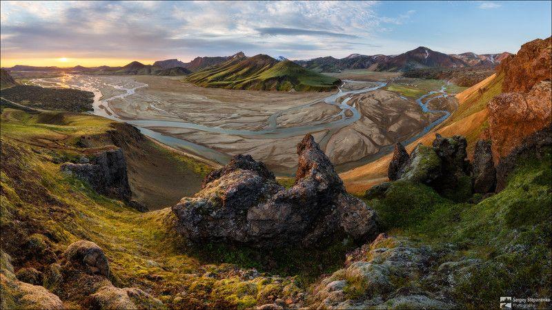 Утро на цветных горахphoto preview