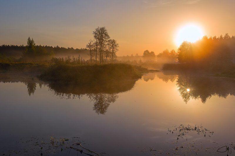 рассвет утро туман восход прохлада река берега про маленькую речку, туман и тихий  сентябрьский рассветphoto preview