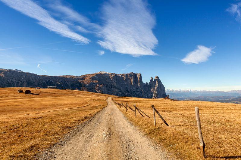 Italy, Alpe di Siusi, dolomites, landscape,  The Roadphoto preview