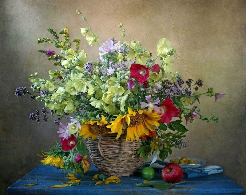 натюрморт, цветы, марина филатова Я хотела собрать много разных цветовphoto preview