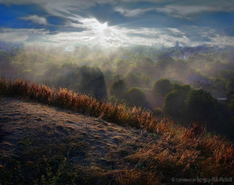 украина, хотин, замок, туман, рассвет, закат Солнечная долина в Хотинеphoto preview