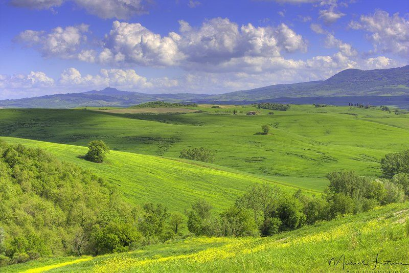 tuscany,italia,spring,green,hill,house, old, grass,sky.hills,beauty Bella Tuscanyphoto preview