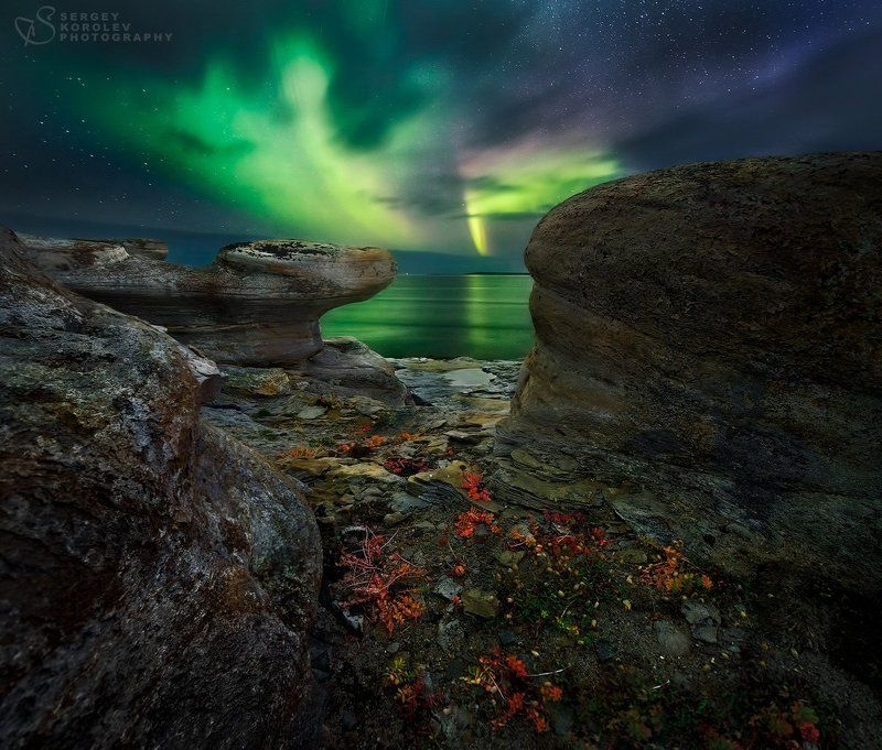 И снова привет, ночной полярный свет!photo preview