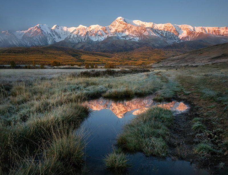 алтай, куркурек, джангысколь, горы, осень Отражение утраphoto preview