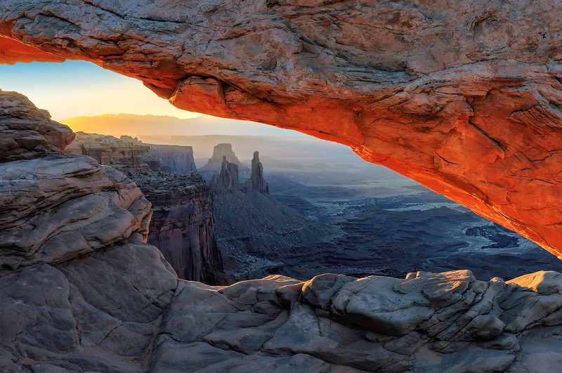arch, mesa, utah, desert, america, usa, red, sunrise, canyon, canyonlands, national, park, landscape, travel, moab, attraction, landmark, united, states, famous, nature, rock, sun, natural, dawn, light, Sunrise at Canyonlandsphoto preview