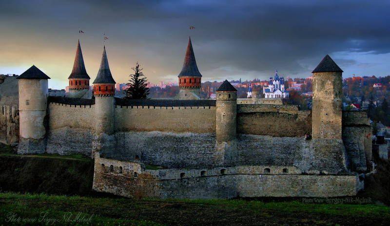 каменец-подольский, замок, крепость, украина, закат, вечер Старый замок в  Каменец-Подольскомphoto preview