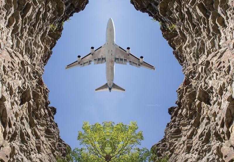самолет, небо, горы Пролетая над гнездом кукушкиphoto preview