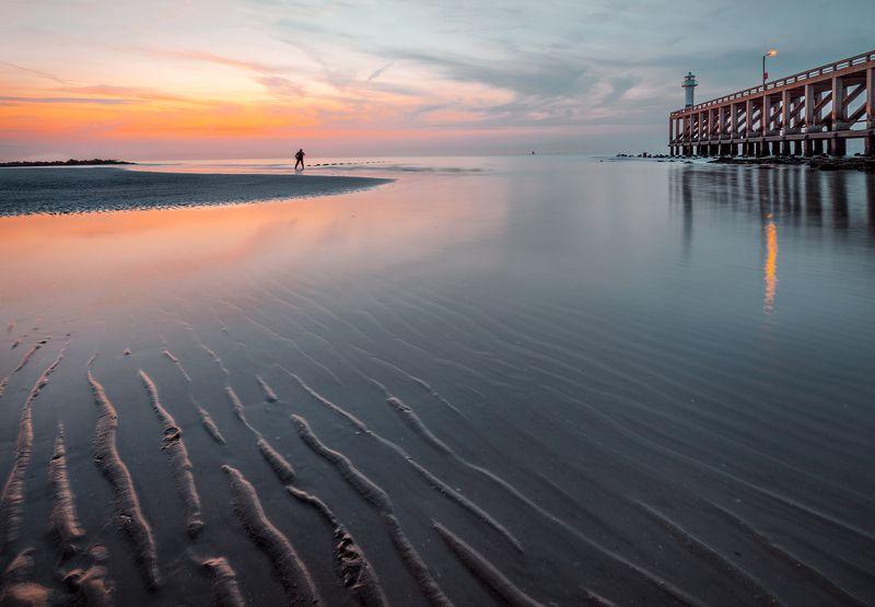 море, закат, фотограф, пирс, маяк, литораль,бельгия, бланкенберге *Уходящий день*photo preview
