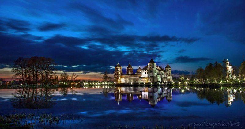 беларусь, мир, замок, дворец, архитектура Замок Радзивиллов в Миреphoto preview