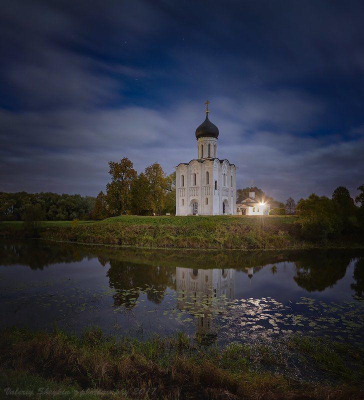 ЦЕРКОВЬ ПОКРОВА ПРЕСВЯТОЙ БОГОРОДИЦЫ НА НЕРЛИphoto preview