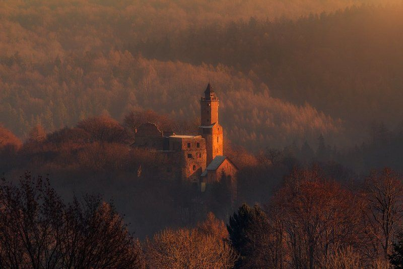 landscape,canon,mist,light,autumn,castle Looking For the Lightphoto preview