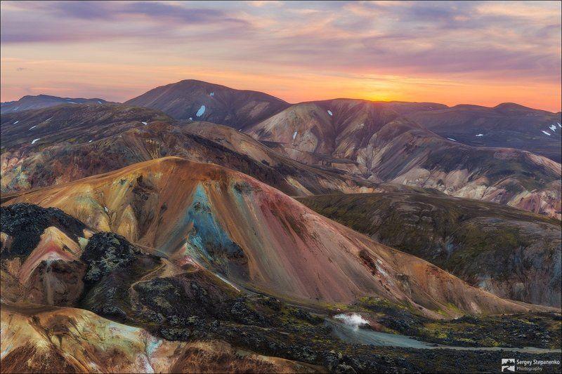 Закат на цветных горахphoto preview