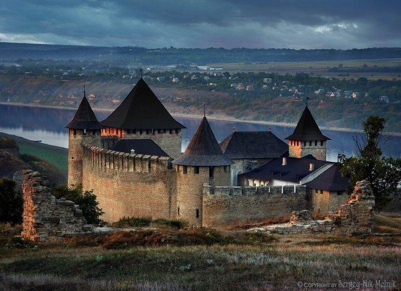 замок, крепость, украина, хотин, сумерки, туман Последний луч света над замком в Хотинеphoto preview