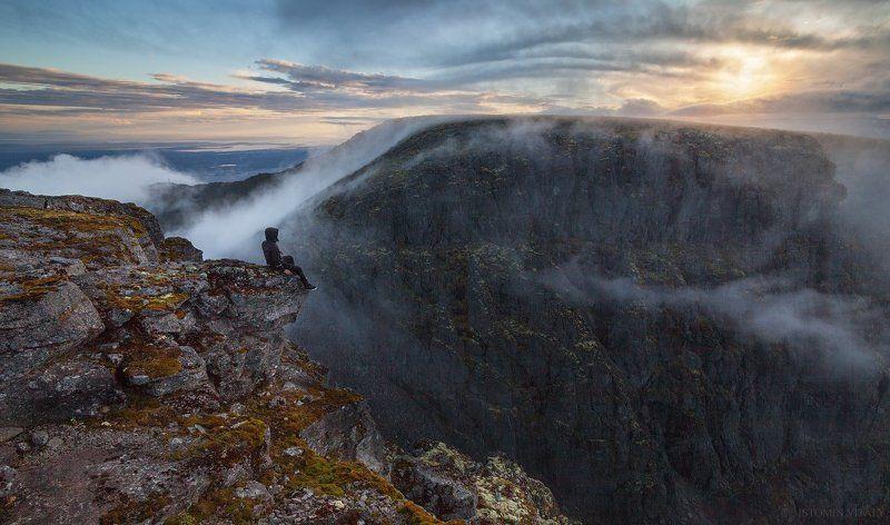 пейзаж,россия,хибины,человек,туман,лето,небо,солнце,горы,кольский,север прогулки по Хибинамphoto preview