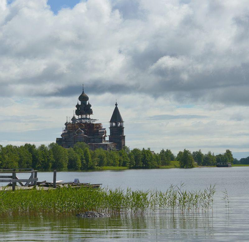 преображенская церковь, кижи, реставрация ...И забросят в озеро топорphoto preview