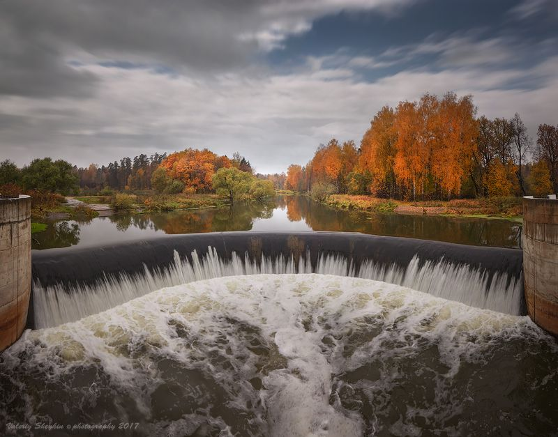 Ярополецкая ГЭС. Октябрьphoto preview