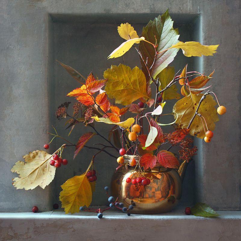 натюрморт, осень, октябрь, букет, листья, ниша Октябрьский букетphoto preview
