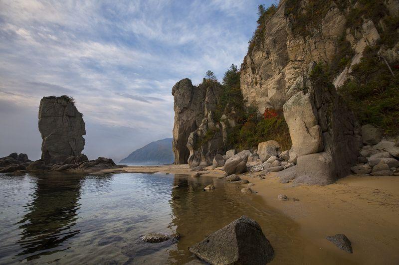 прибрежные скалыphoto preview