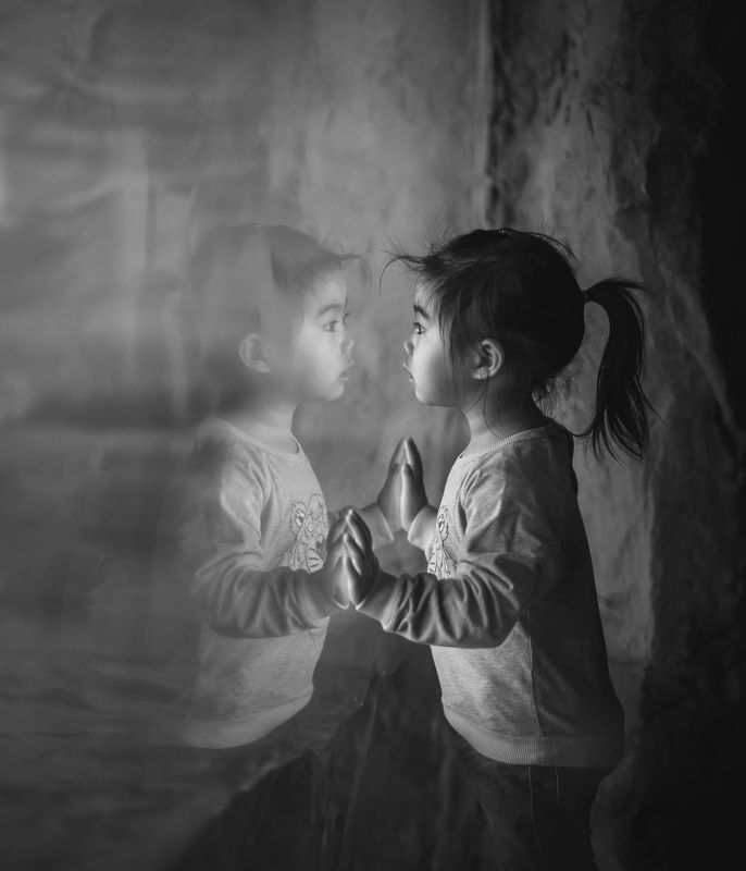 mirror, kid, bw, reflection, face, mood, childhood mirror mirror ...photo preview