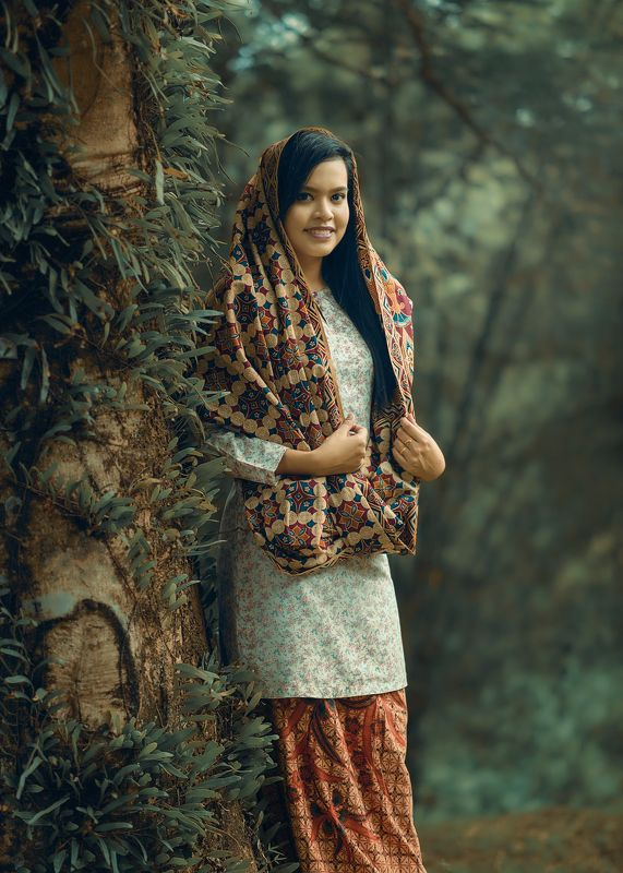 maiden, malay, forest, tree Malay Maidenphoto preview