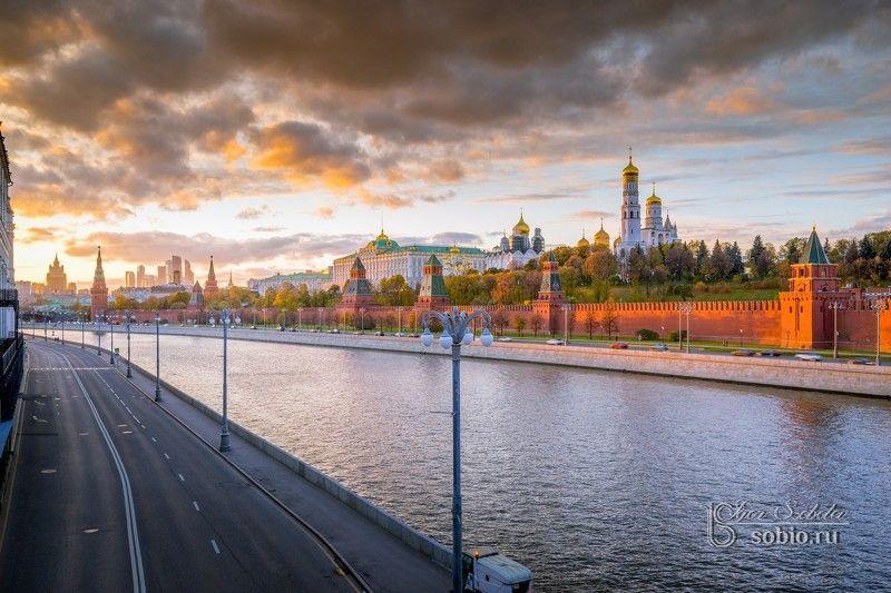 кремль, москва, закат, kremlin, moscow, sunset, #igorsobolevcom Панорамный вид на Московский кремльphoto preview