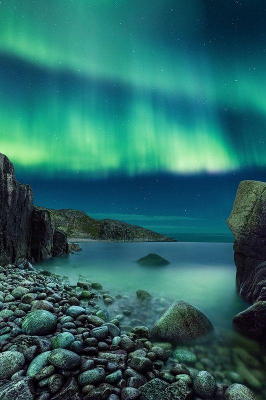 северное сияние, баренцево море, мурманск, терибирка, прилив, ночь, звезды, камни, берег photo preview