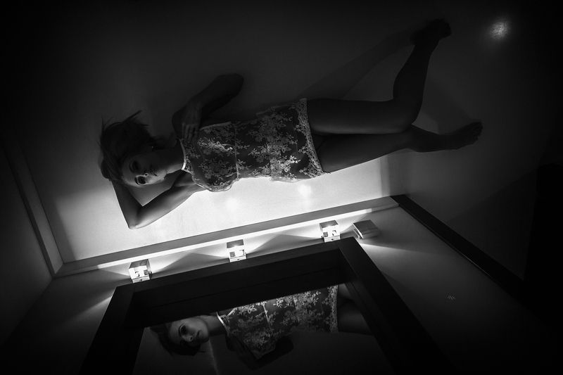 woman, nude, mirror, mood, black and white Reflection of the feelingsphoto preview
