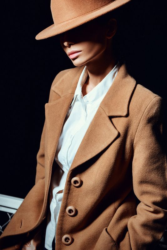 Photo, portrait, colour, magazine, girl, light Urban Moodphoto preview
