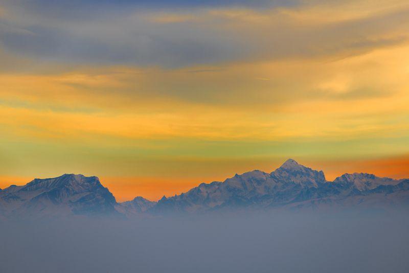 Сумасшедший закат над Кавказским хребтомphoto preview