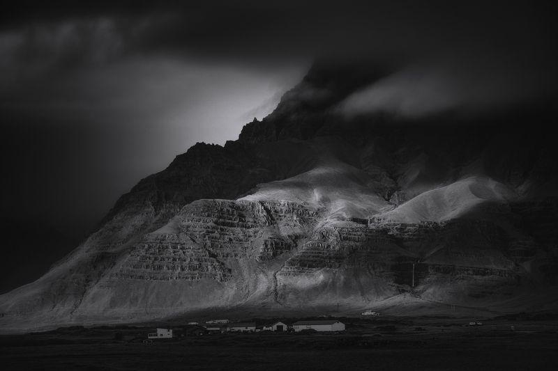 iceland, landscape, black&white, travel, farm, contrast, nature, clouds, storm, пейзаж Icelandic farm.photo preview