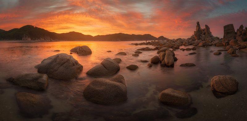 приморский край, море, солнце, рассвет, море, побережье Хоровод камнейphoto preview