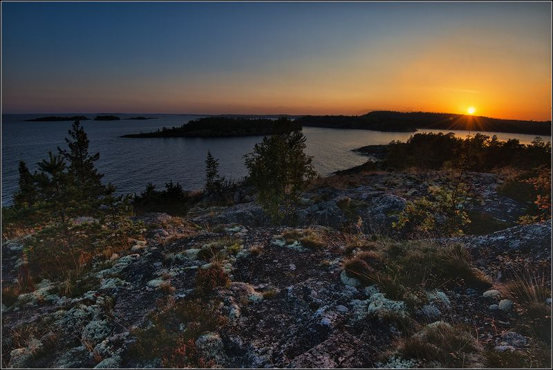 карелия, ладожское оз., сентябрь, острова, вечер На исходе дняphoto preview