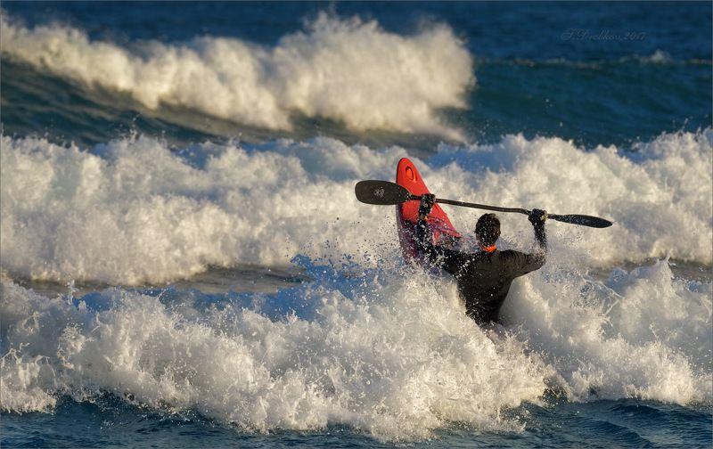 море, каяк, спорт, закат, волны Остановить волныphoto preview