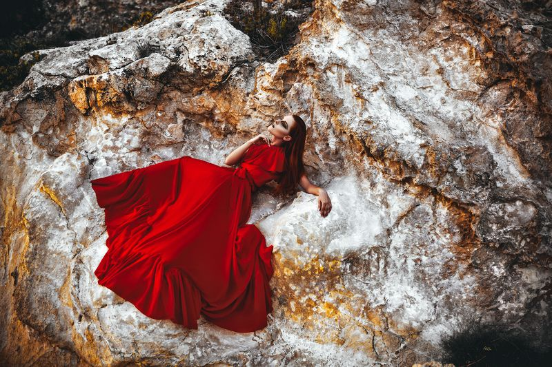woman, portrait, natural light, dress, conceptual, fashion The Mistress of the Golden Mountainphoto preview