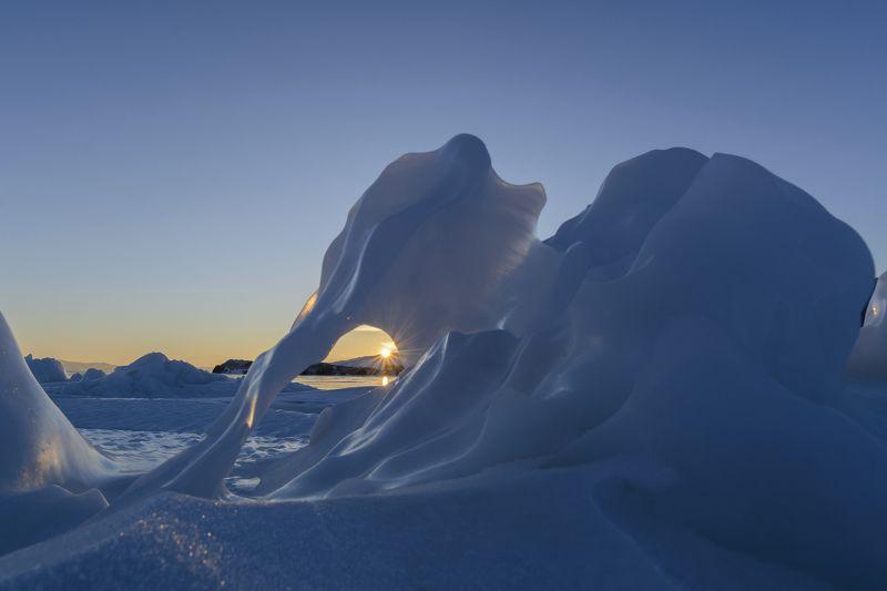 природа, пейзаж, байкал, лед, солнце, закат Байкальский слоникphoto preview